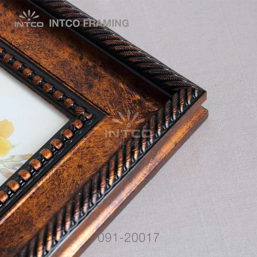 091-20017PS picture frame mouldings details