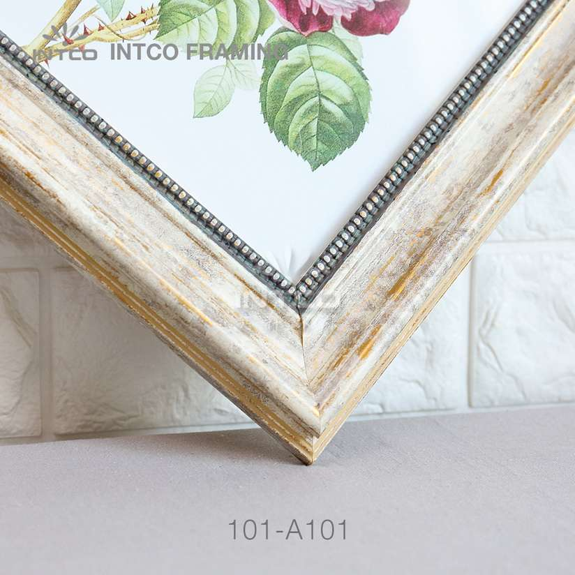 101-A101 PS picture frame moulding detail