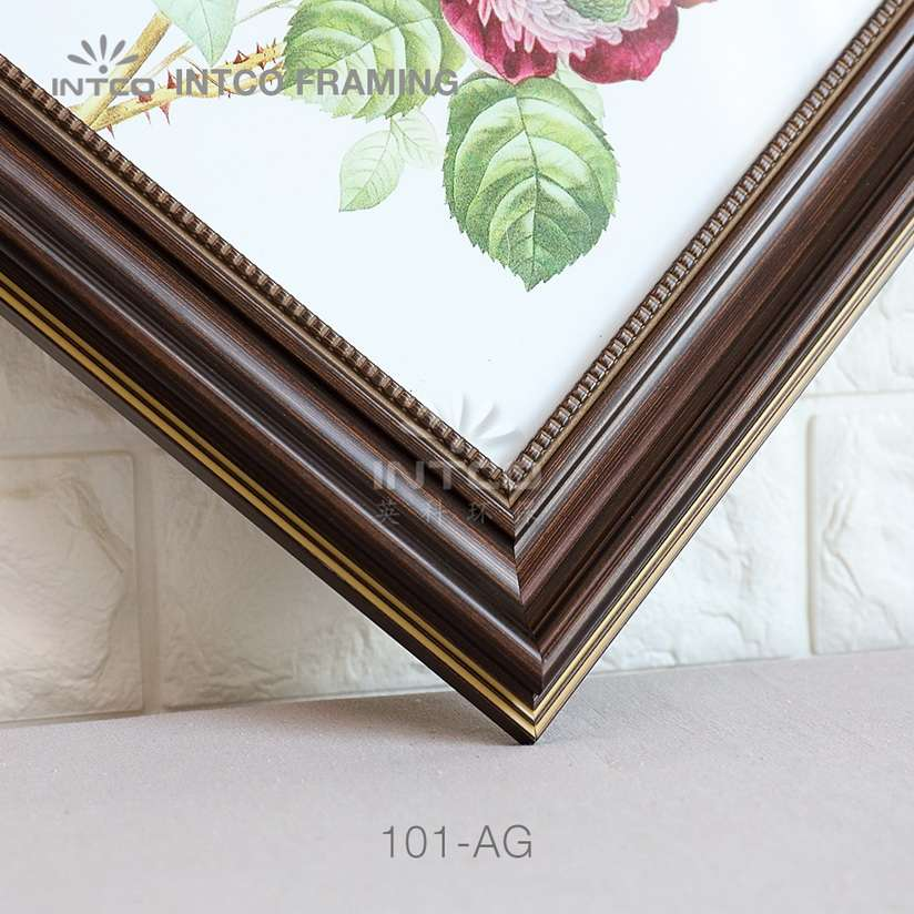 101-AG PS picture frame moulding detail