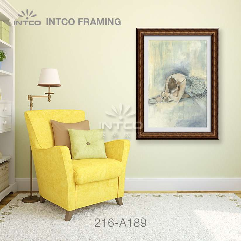 Application of 216-A189 mouldings for wall art frame making