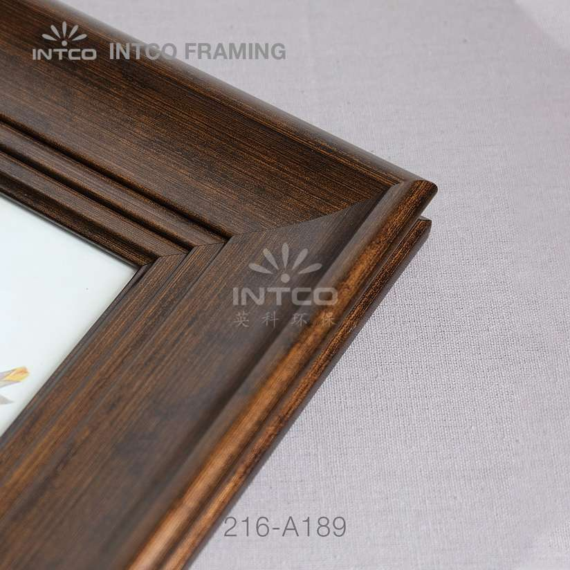 216-A189 PS picture frame corner detail