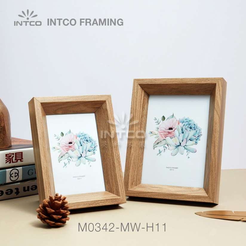 Application of M0342-MW-H11 mouldings for tabletop photo frame making