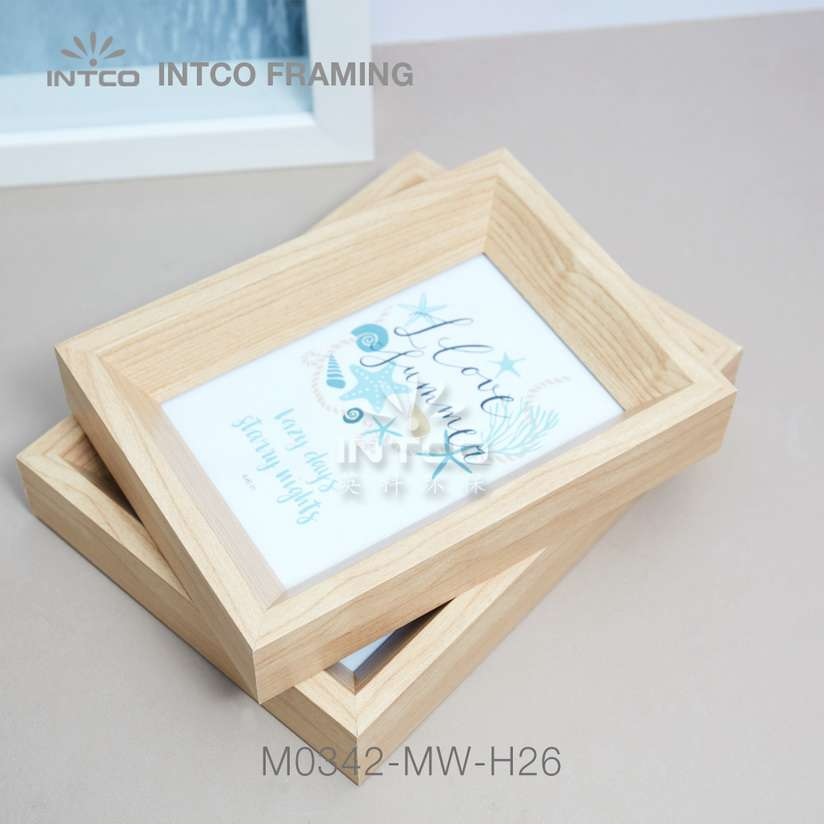 Application of M0342-MW-H26 mouldings for tabletop photo frame making