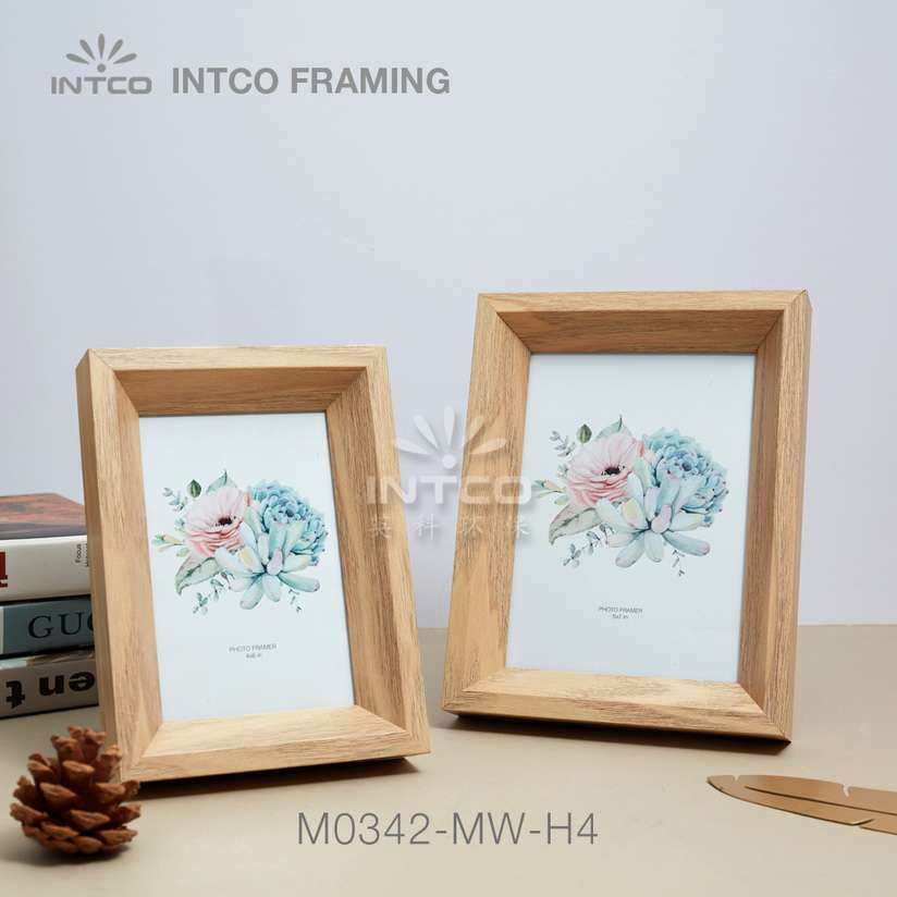 Application of M0342-MW-H4 mouldings for tabletop photo frame making