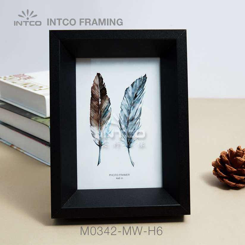 Application of M0342-MW-H6 mouldings for tabletop photo frame making
