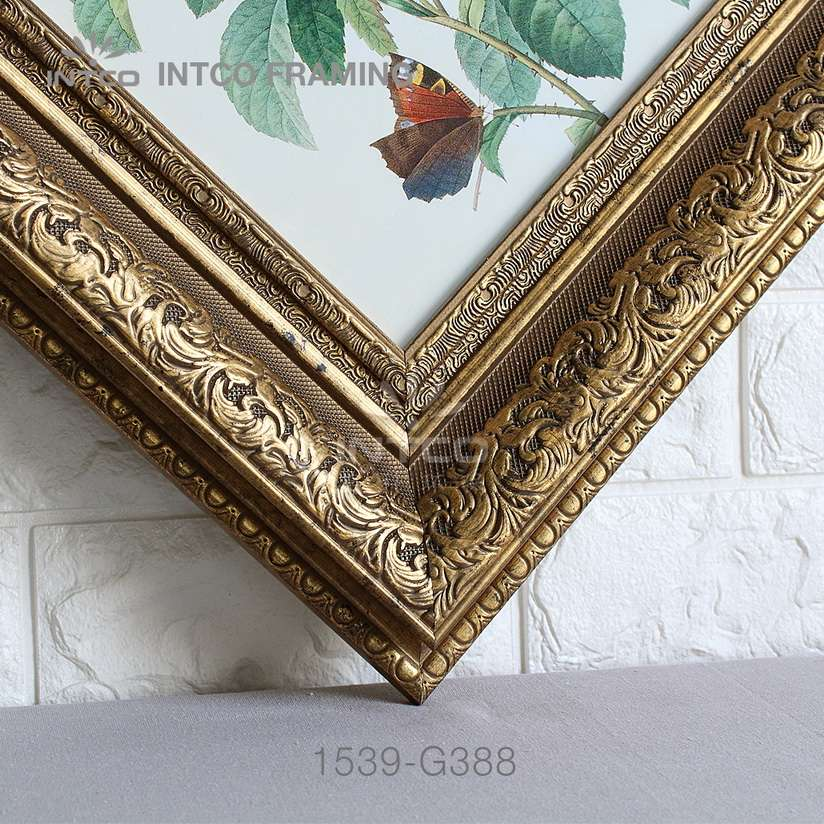 INTCO 1539-G388 gold picture frame moulding