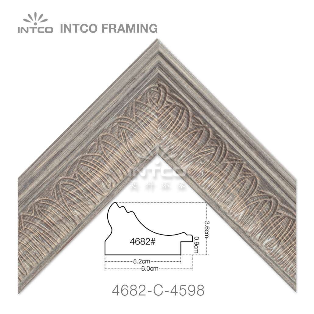 4682-C-4598 picture frame moulding in lengths