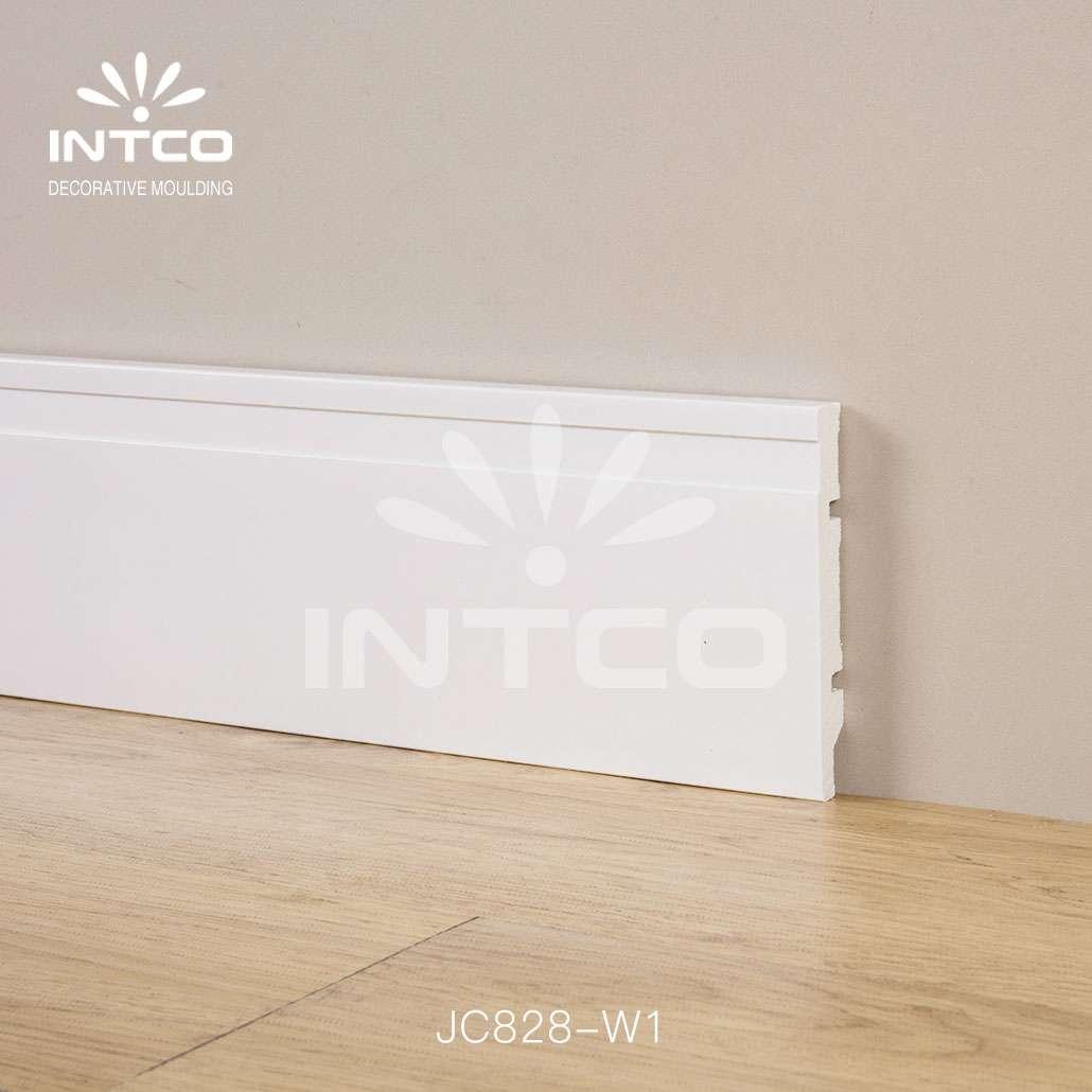 floor baseboard moulding