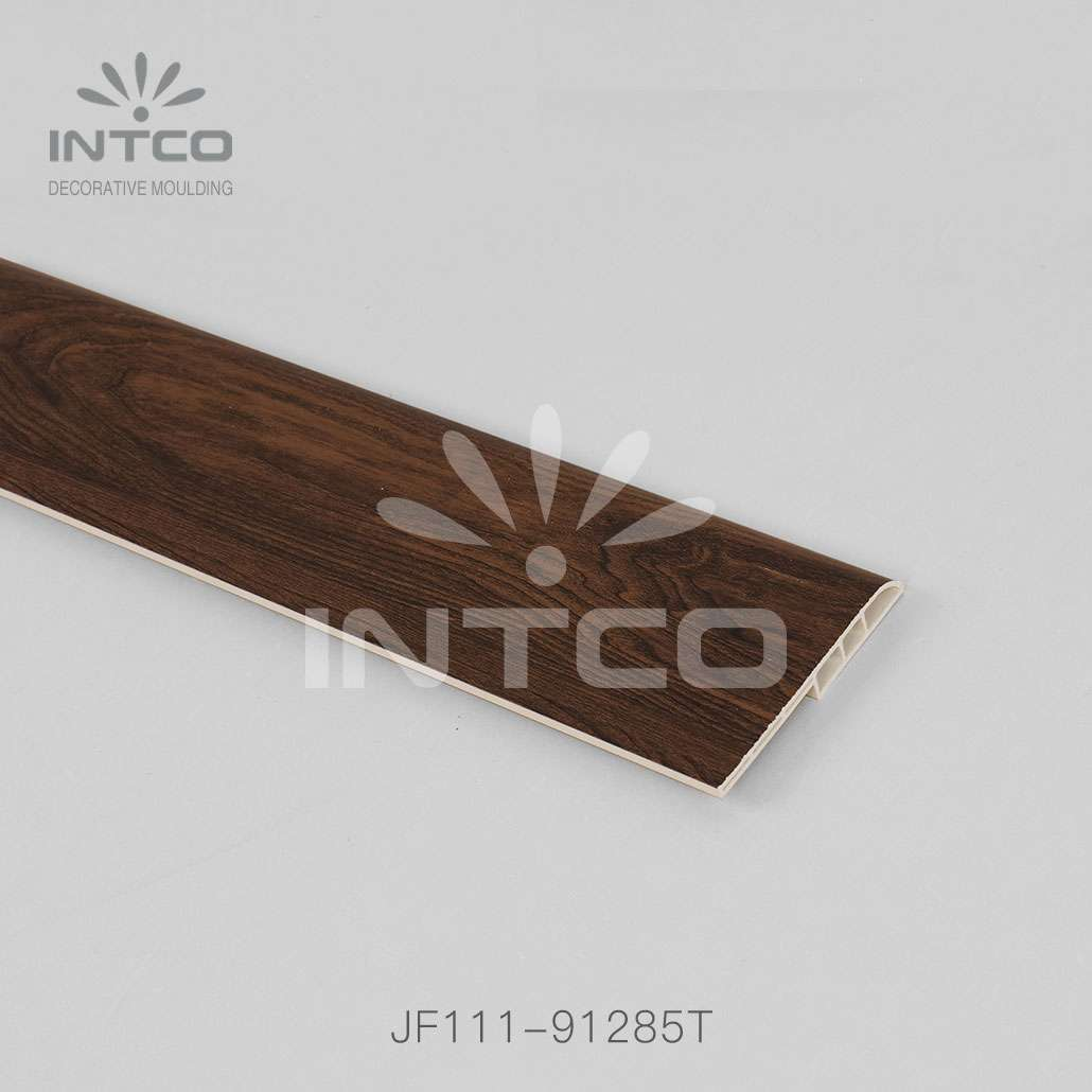 Wood-colored Skirting Board