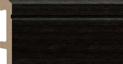 black skirting board